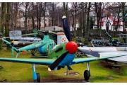 Atrakcja turystyczna Dar Pomorza oraz wycieczka do Muzeum Marynarki Wojennej w Gdyni. Samoloty wojenne.