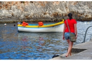 Wyspa Malta słynie z wielu atrakcji, jedną z nich jest krystalicznie czysta woda i piękne plaże i Blue Grott. Blog podróżniczy Nasze Szlaki.. Magdalena Kiżewska.