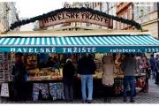 Czechy-Praga-święta-boże-narodzenie-atrakcje-co-zobaczyć-blog-podróżniczy-stragan