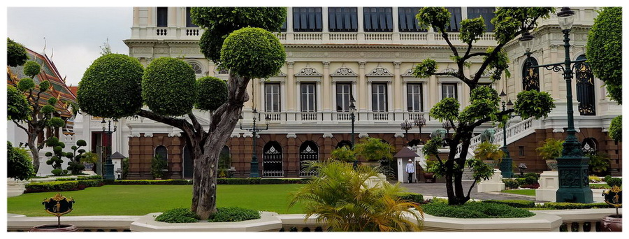 Bangkok-Tajlandia-Azja-świątynie-budda-posągi-atrakcje-co-zobaczyć-mnisi-klasztory-zwiedzanie-Pałac-królewski