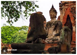 Ayutthaya – Azja, Świątynie w Tajlandii, pomnik Buddy