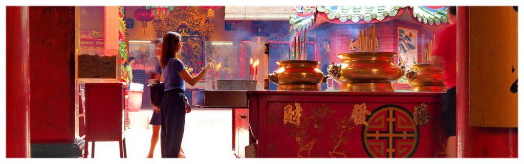 Kuala-Lumpur-Malezja-stolica-co-zobaczyć-zwiedzanie-atrakcje-Azja-wyjazd-turystyka-świątynia-chińska-buddyjska